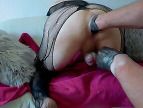 Sissi Mike is fisted hard by dominant friend in Berlin