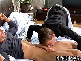 Muscle British jock bareback fucks cute gay before facial